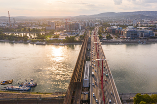 Vasúti alagút Budapesten a Duna alatt?