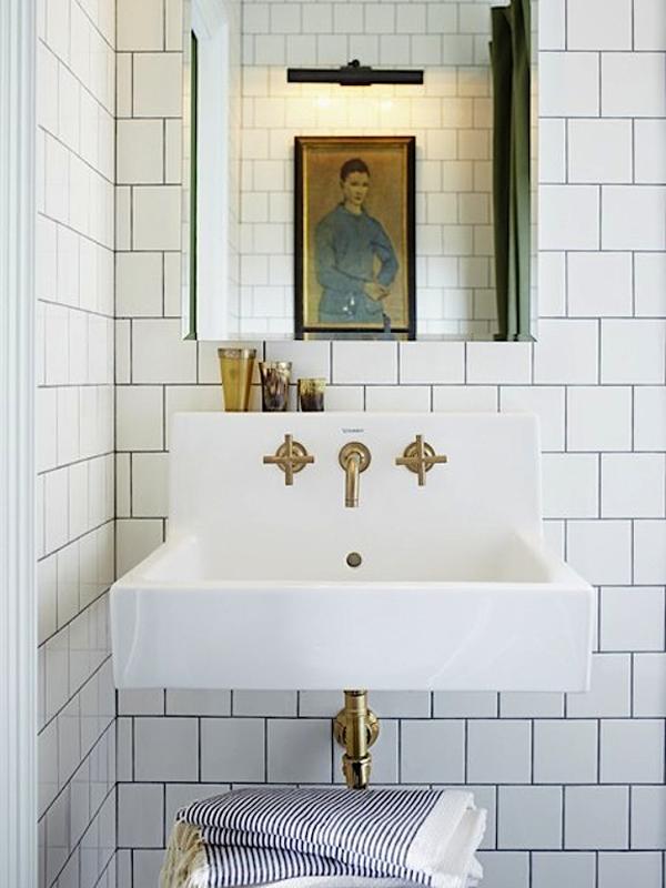 g-mandy-milks-bathroom-michael-graydon-dpages-blog.jpg