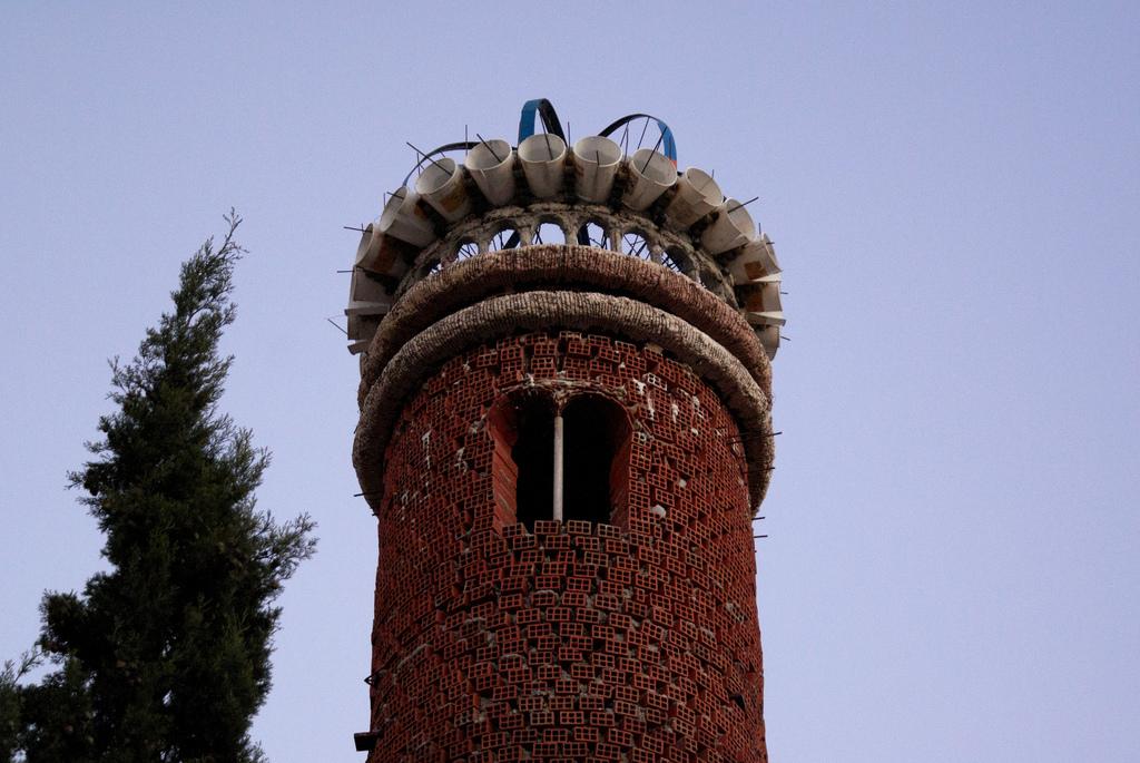 mekispoharas torony.jpg