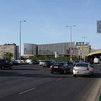 Irodaház-szálló-bevásárlóközpont komplexum épülhet a Flórián Üzletközpont helyén?