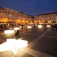 Lehet kreatív is egy város karácsonyi díszkivilágítása: íme a lisszaboni példa - napi linkek