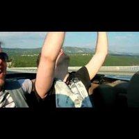 Budapest-klip: Turbó terézvárosi penthouse-okkal, Jovanotti gyilkos Ikarusszal, Deepside Deejays buliturizmussal