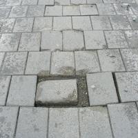 Ilyen nincs: már megint javítják a Dob utca köveit! - 17 érdekes cikk, hír és poszt keddre