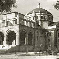 A Jobbik újra felépítené a Regnum Marianum templomot. Tényleg kellene valami a felrobbantott épület helyére, de mi?