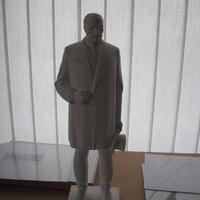 Lenin cilinderrel. A Tisza István szobor pályázatára első körben nem érkezett elfogadható pályamű