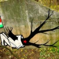 Graffiti az 56-os forradalomról egy francia portálon - napi linkek