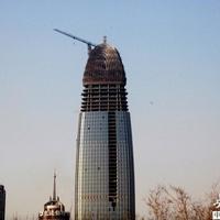 A kínaiak már megint pénisz alakú felhőkarcolót építettek