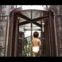 Pelusos gyerekek a Bank Centerben. A legeslegcukibb reklám Budapestről