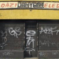 Tudtad, hogy Miskolcon is volt egy csomó neonfelirat? Most elkezdték gyűjteni a megmaradtakat - 23 érdekes cikk szerdára