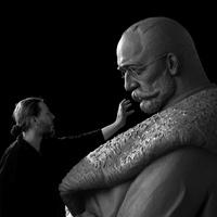 Lenyűgöző, ahogy egy ötméteres bronzszobor testet ölt. Sci-fibe és horrorba illő fotók a Kossuth térre készülő Tiszáról