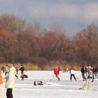 Naplás-tó, a legnagyobb fővárosi jégpálya. Hová menjünk korcsolyázni Budapesten?