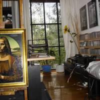 Eladó egy festő lakása. Vagy egy festő haverjáé