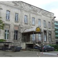 Megrázó a képpárok a Magyar Rádió épületéről