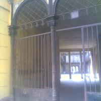 Napi apróság: 140 éves vaskapu a Dohány utcában
