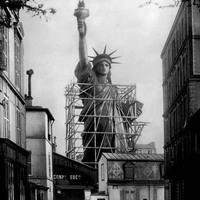 A nap képe: így készült a New York-i Szabadság-szobor egy párizsi műhely udvarán