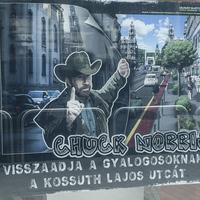 Chuck Norris visszahozza a villamost a Kossuth Lajos utcába? - 25 cikk és poszt csütörtökre