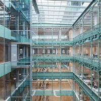 Budapest legmenőbb irodaháza épül a Nyugatinál. Az Eiffel-féle acélszerkezetek közé egészen különleges megoldások kerülnek