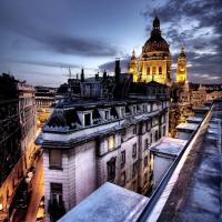 A főváros legfélelmetesebb épületei. Batman Budapesten