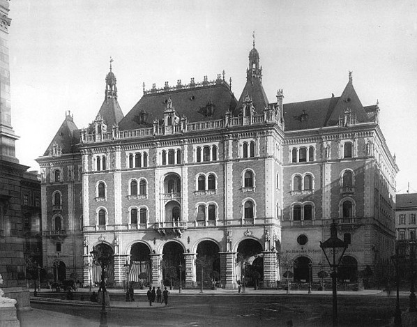 Balettintezet_1890_korul[1].jpg