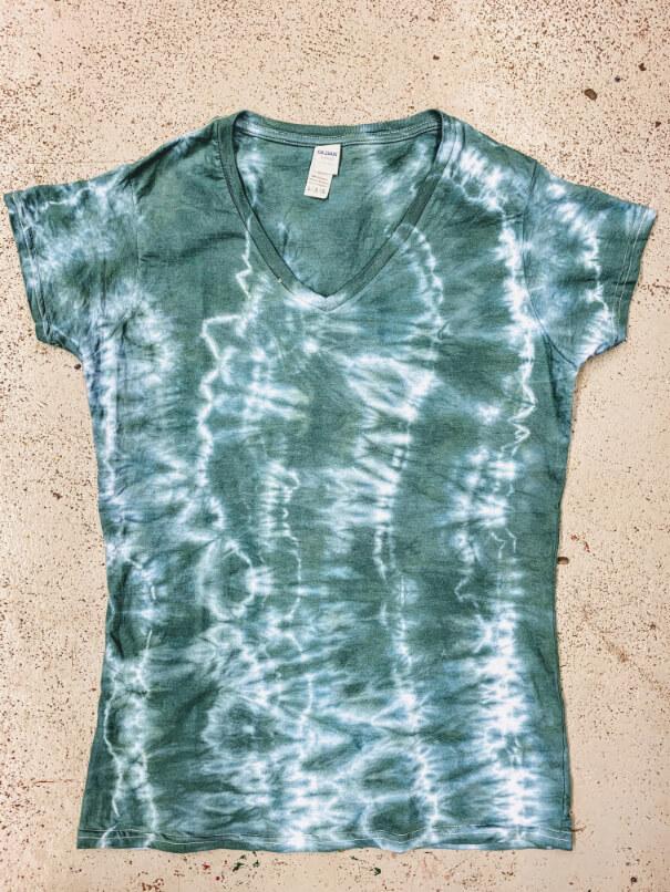házilag otthon batikolt üres póló, táska, trikó kész 2