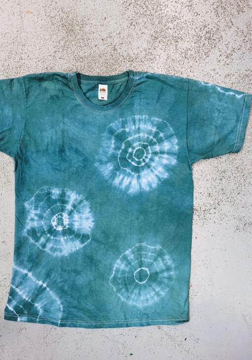 házilag otthon batikolt üres póló, táska, trikó kész 5