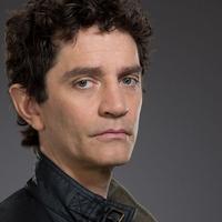 James Frain Sareket fogja alakítani az új sorozatban