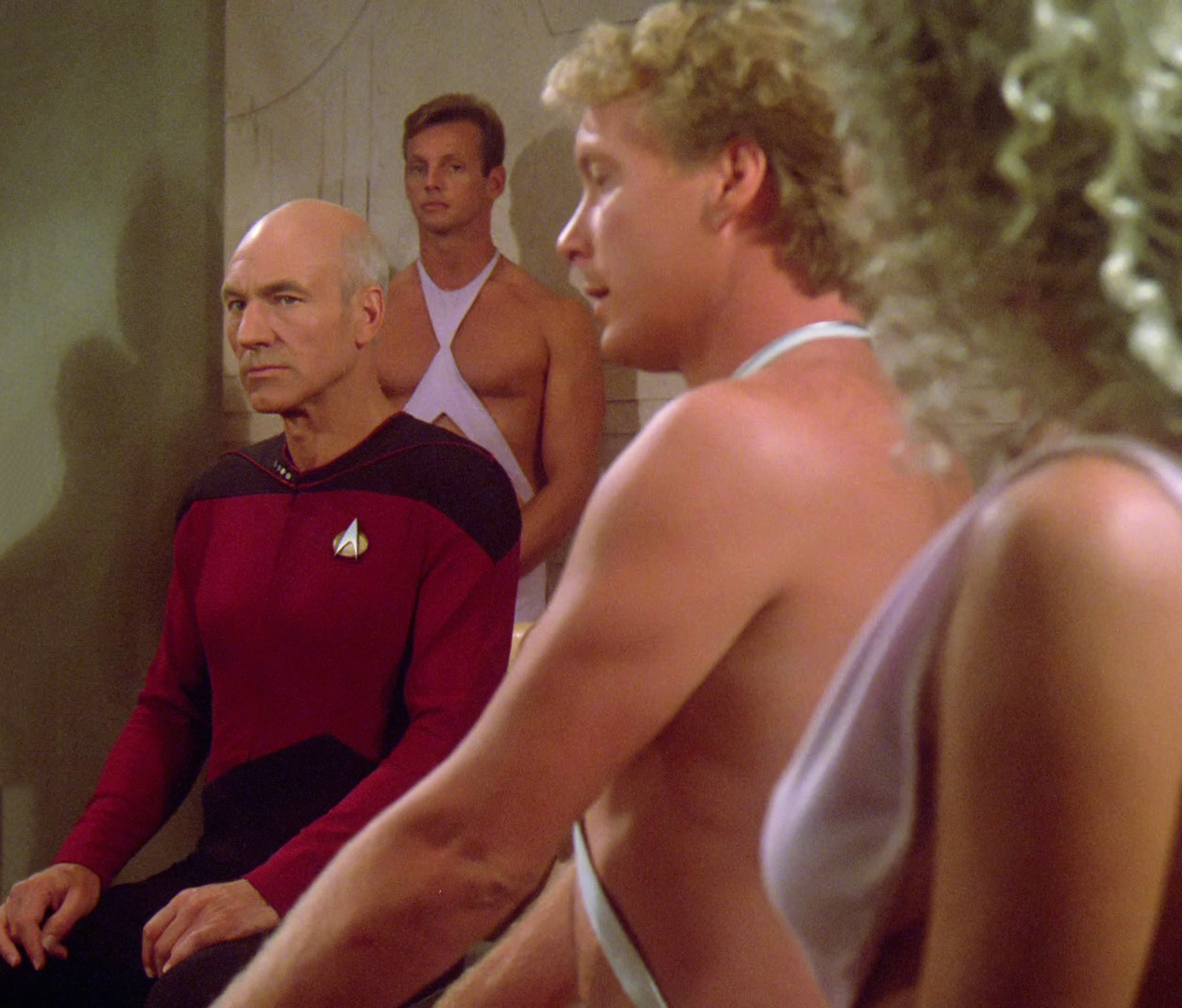 picard_negotiates_for_wesley_s_life.jpg