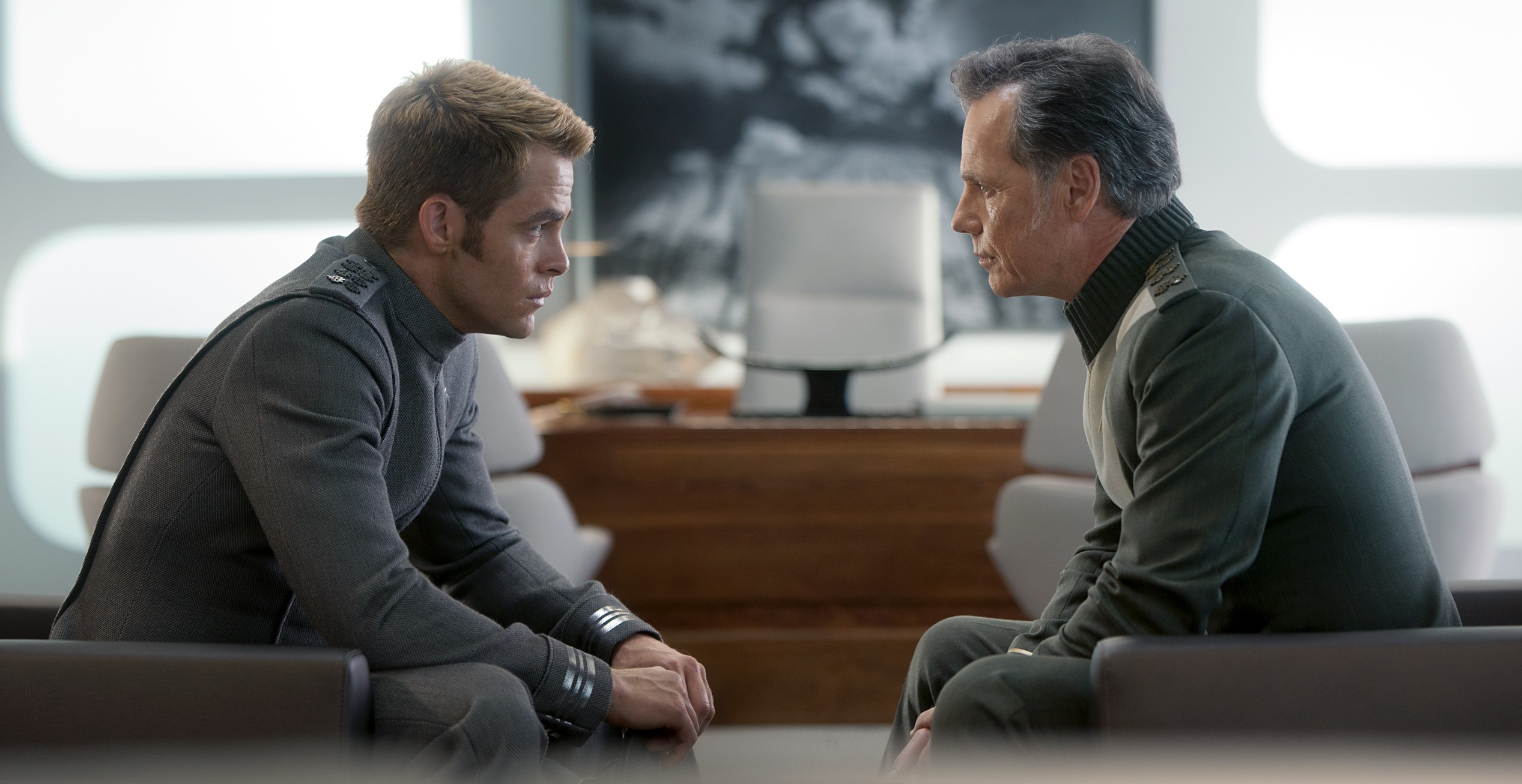 star-trek-into-darkness-chris-pine-bruce-greenwood2.jpg