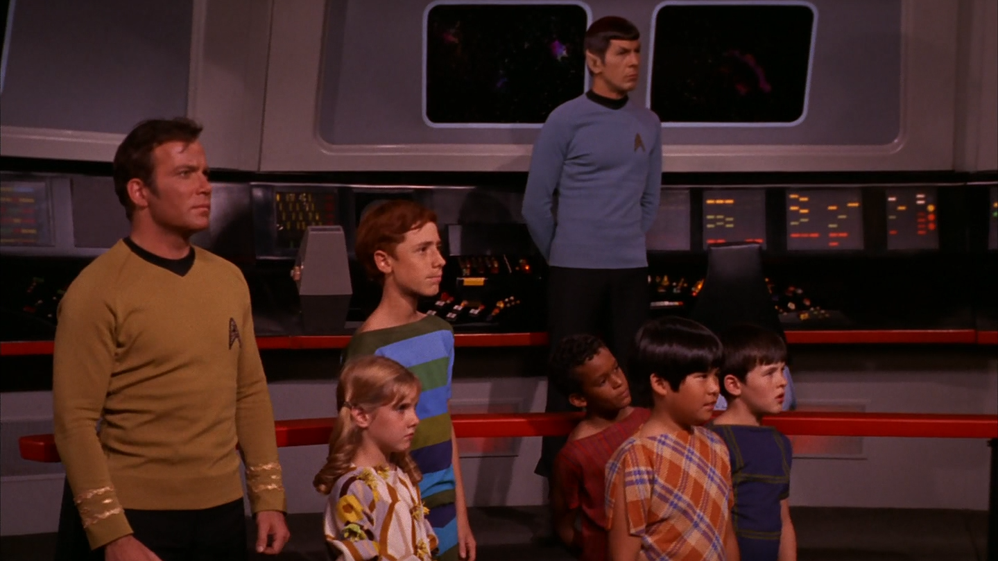 star_trek_the_original_series_s03e04_original_1080p_bluray_x264-mars_mkv_snapshot_43_36_944.png