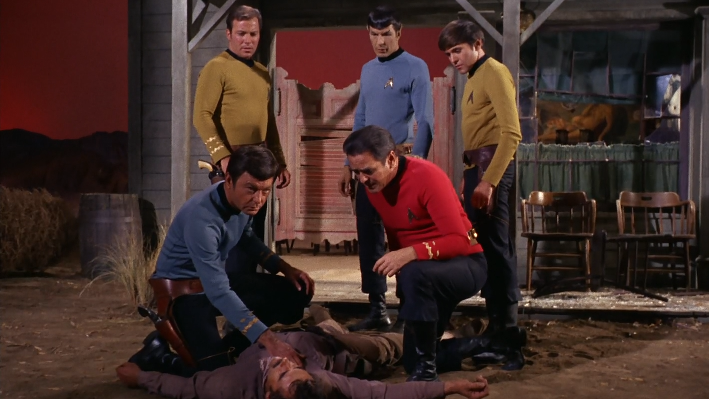 star_trek_the_original_series_s03e06_original_1080p_bluray_x264-mars_mkv_snapshot_12_15_3062.png