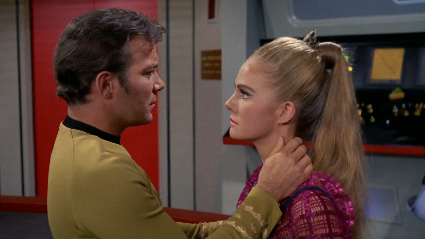 star_trek_the_original_series_s03e16_original_1080p_bluray_x264-mars_mkv_snapshot_24_12_660.png
