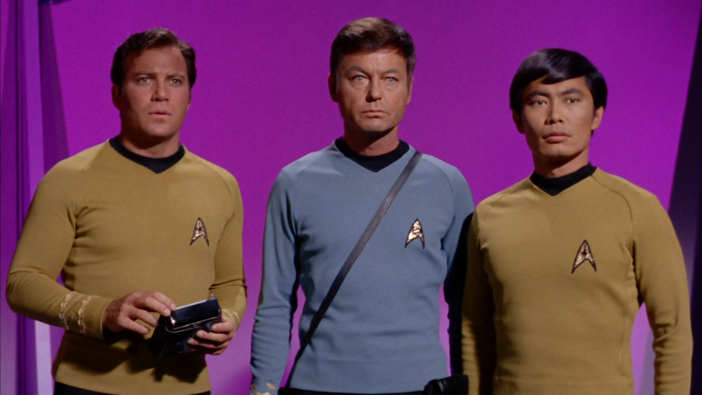 star_trek_the_original_series_s03e17_original_1080p_bluray_x264-mars_mkv_snapshot_44_54_926.png