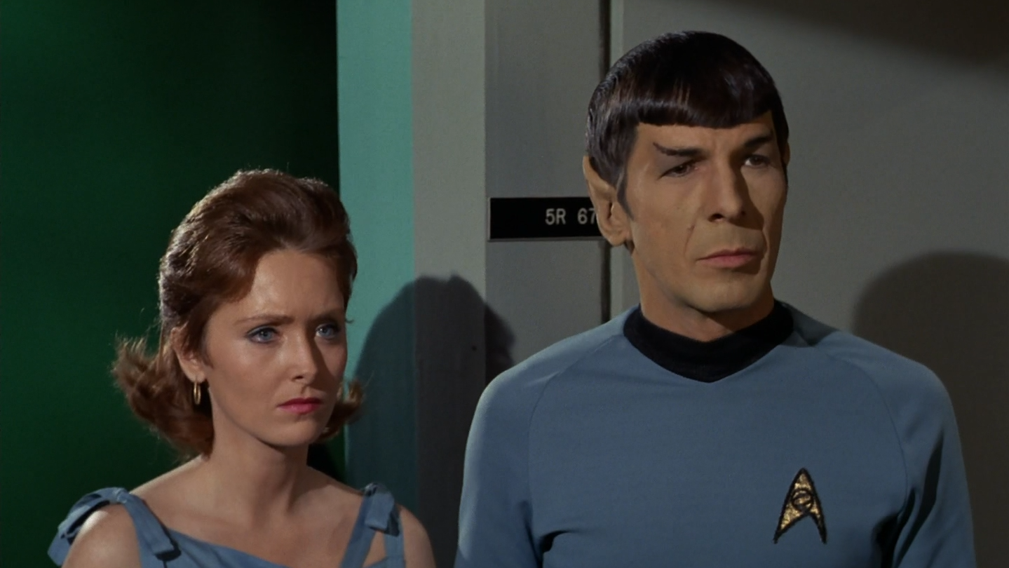 star_trek_the_original_series_s03e24_original_1080p_bluray_x264-mars_mkv_snapshot_30_36_939.png