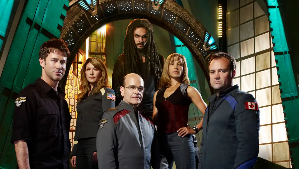 stargate-atlantis-cast-getty.png