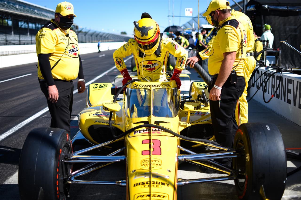 Több IndyCar és IMSA csapat érdeklődik Helio Castroneves iránt