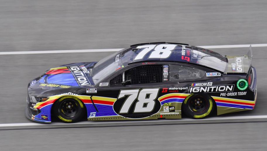 NASCAR: Az utolsó pillanatban hajt végre versenyzőcserét az LFM
