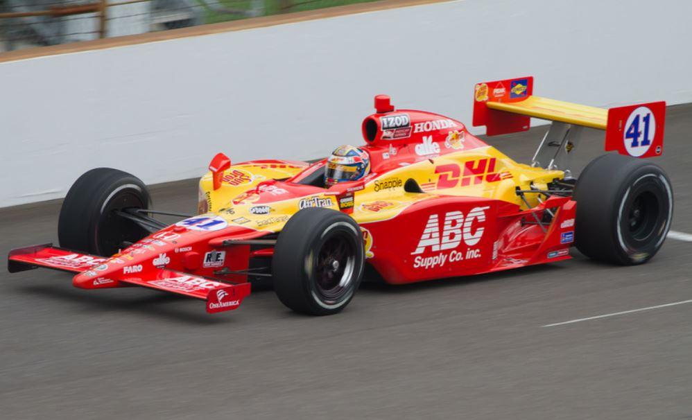 Köszi, hogy kvalifikáltad az autónkat az Indy 500-ra...Ki vagy rúgva!