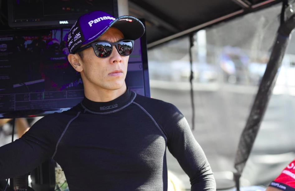 HIVATALOS: Takuma Sato távozik az RLL Racingtől
