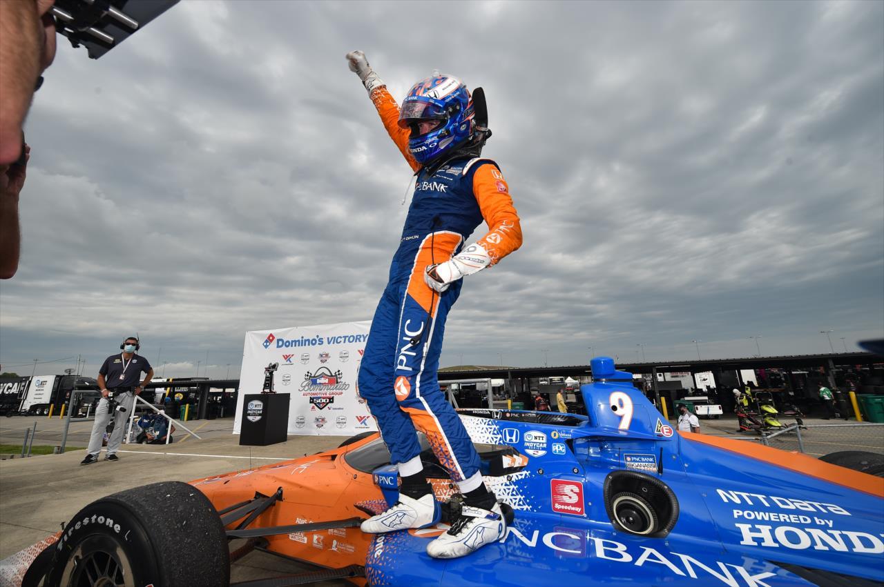 IndyCar: Harmadik pilótaként a történelemben lett ötvenszeres futamgyőztes Scott Dixon