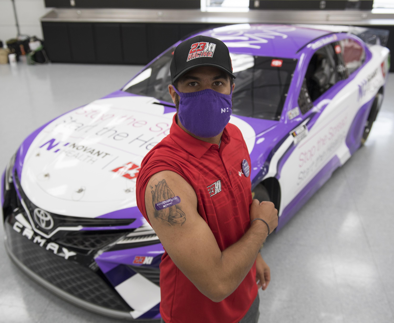 A NASCAR-versenyzőket megosztja a COVID elleni védőoltás