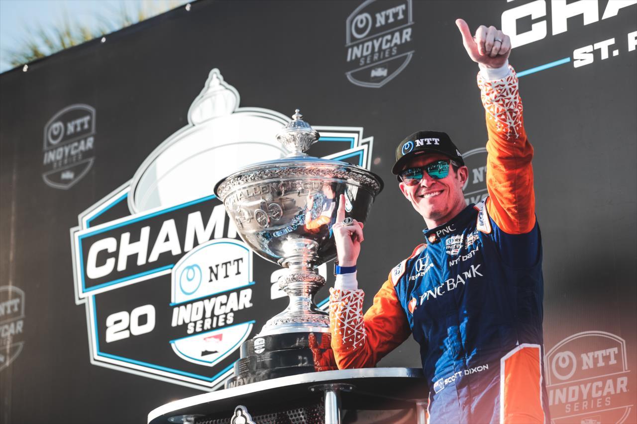 Őrült versenyen lett hatszoros IndyCar-bajnok Scott Dixon