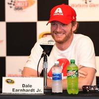 Earnhardt Jr: Nem állok készen arra, hogy feladjam