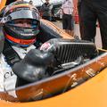 Fernando Alonso az orvostudomány szolgálatába áll Indianapolisban