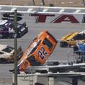 NASCAR: Átlag 14 km/h-val lassítják le az autókat Talladegán és Daytonán