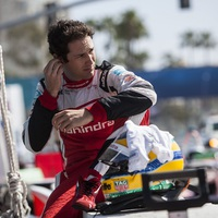 Senna továbbra sem tett le az IndyCarról