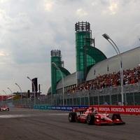 Dario Franchitti nyerte az eseménydús első edzést Torontóban