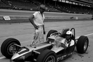 Hurst Floor Shift Special: Az Indy 500 történetének legbizarrabb járgánya