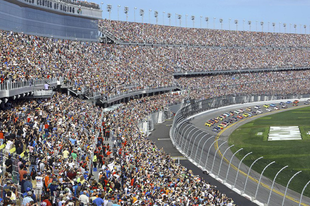 Húsz rendkívüli rekord a Daytona 500 történelméből