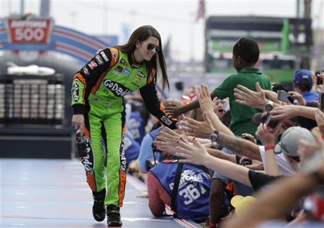 NASCAR_Daytona_500_Au_inev_6380174_ver1.0_640_480.jpg