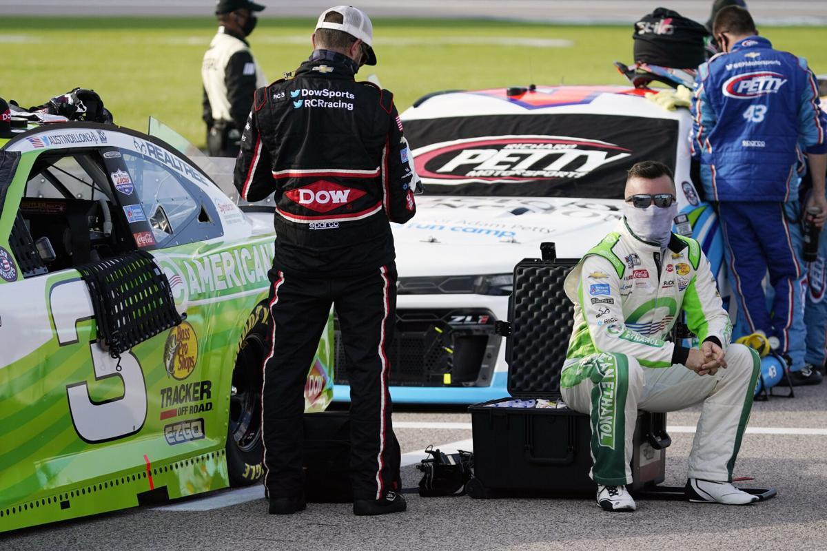 NASCAR: Újabb versenyző lett koronavírusos